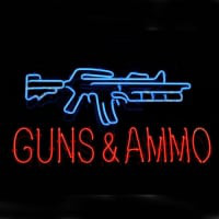 Guns And Ammo Neon Skilt