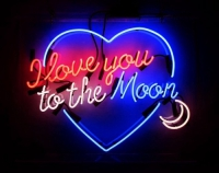 Love you to the moon and back Neon Skilt